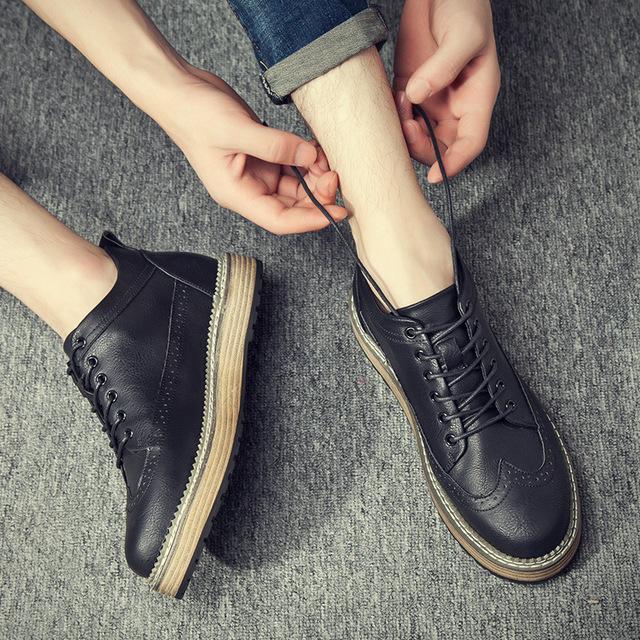 540467946530_777-1黑 英伦复古布洛克工装靴沙漠马丁靴皮鞋