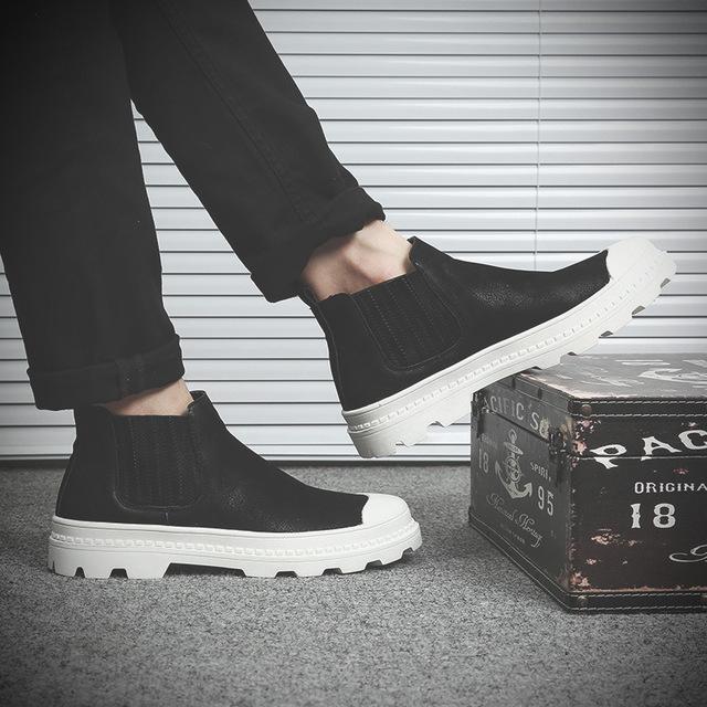559682787760_51888黑 秋中帮马丁靴英伦复古靴子休闲鞋高帮鞋