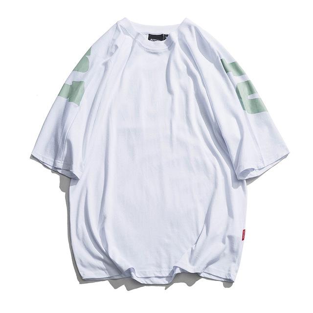 592531246034_白色 日系潮男时尚t恤夏季新款背后字母印花半袖衫宽松ulzza